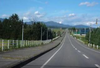 十勝の直線道路.JPG