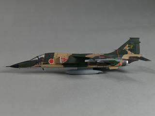 F1-4.jpg