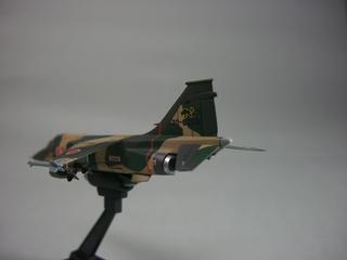 F1-5.jpg