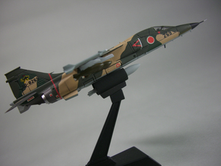 F1-7.jpg
